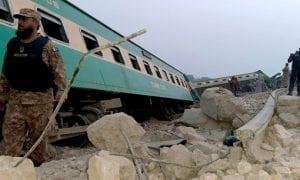 train accident pakistan
